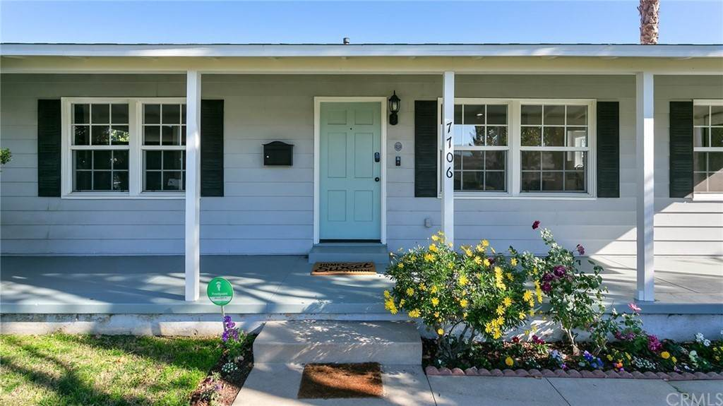Residential for Sale at Paso Robles Avenue Lake Balboa, California 91406 United States