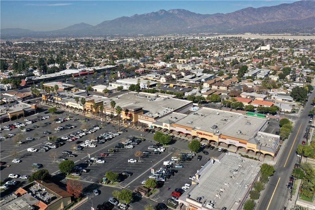 Commercial for Sale at Ramona Baldwin Park, California 91706 United States