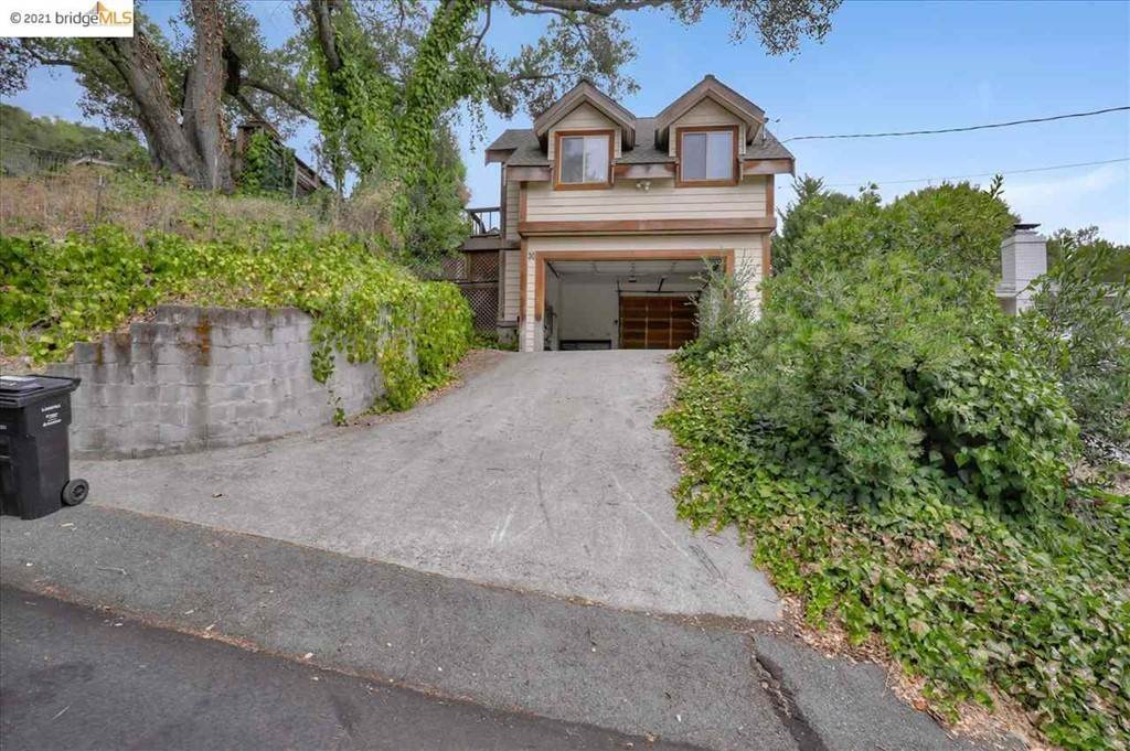Residential for Sale at Crescent Drive Orinda, California 94563 United States