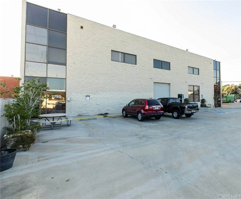 Commercial for Sale at Haskell Avenue Van Nuys, California 91406 United States