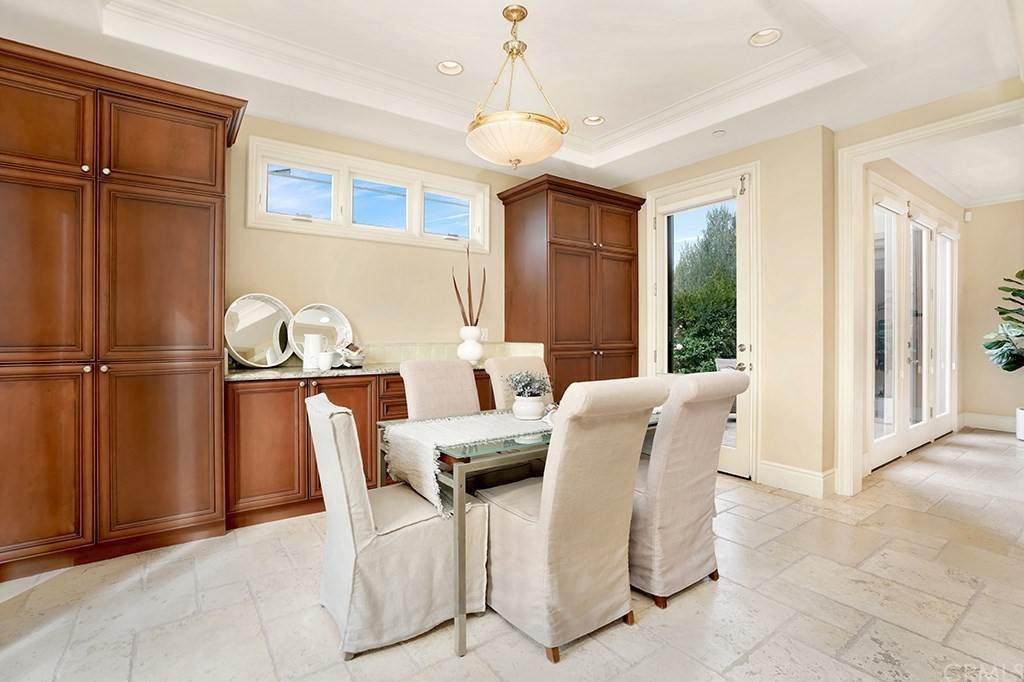 19. Residential for Sale at Castillo Del Mar Dana Point, California 92624 United States