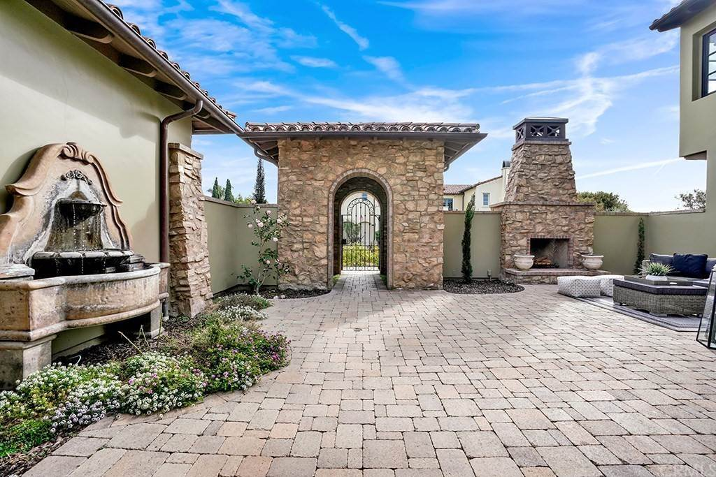 5. Residential for Sale at Castillo Del Mar Dana Point, California 92624 United States