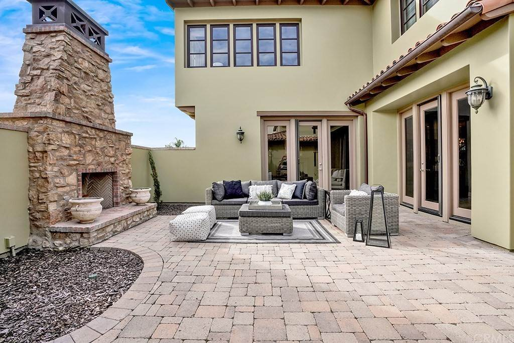6. Residential for Sale at Castillo Del Mar Dana Point, California 92624 United States