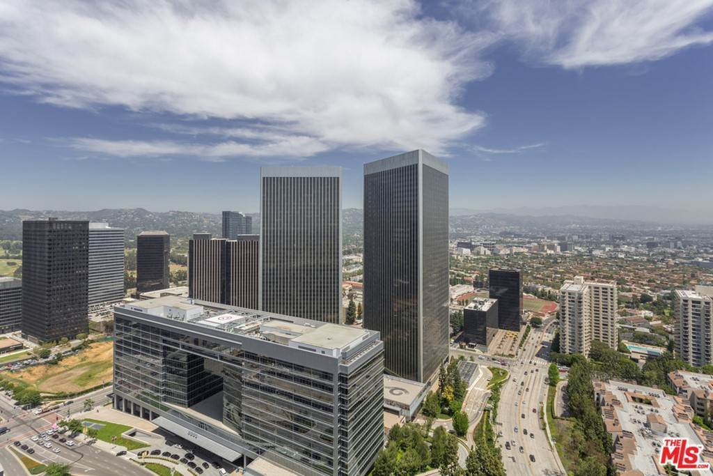 4. Residential Lease for Sale at W CENTURY Drive Los Angeles, California 90067 United States
