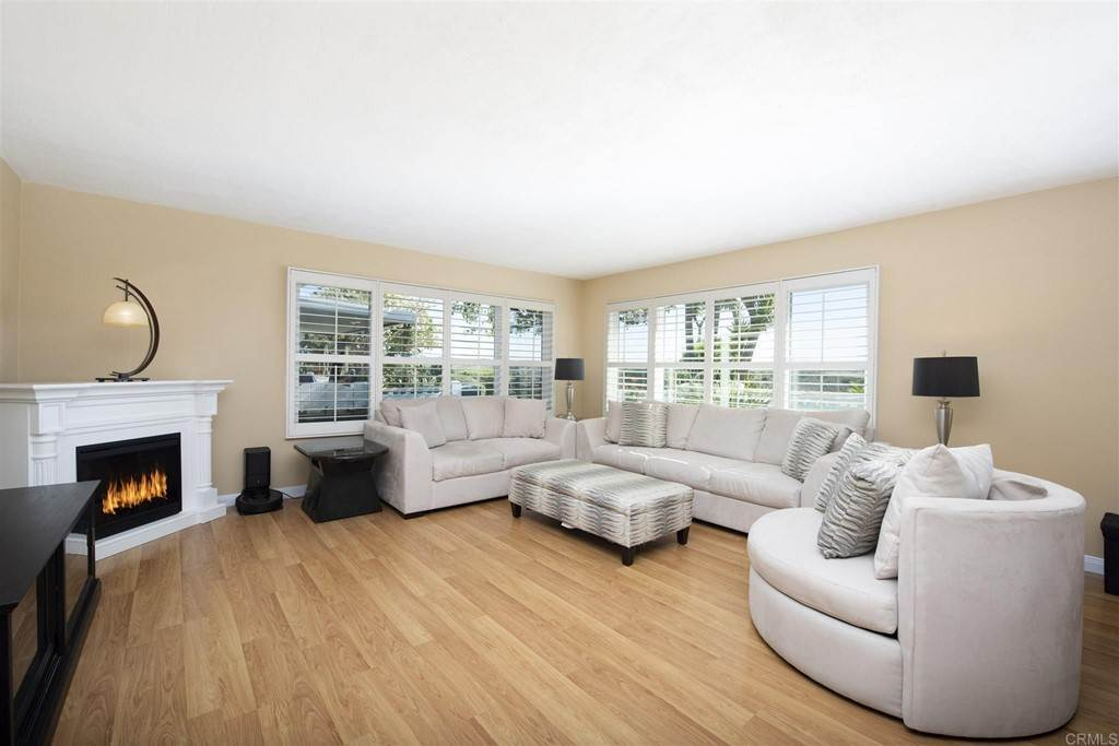 7. Residential for Sale at Vista Campana S Oceanside, California 92057 United States
