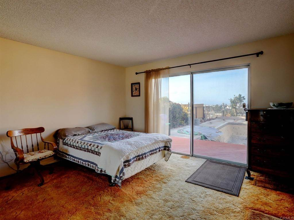 16. Residential for Sale at Wooster Oceanside, California 92056 United States