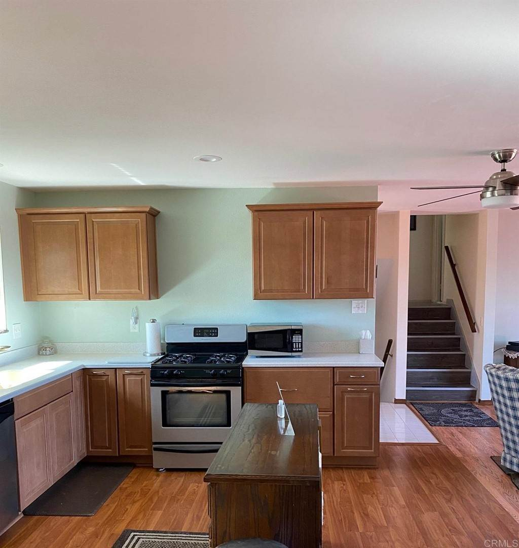 27. Residential for Sale at Wooster Oceanside, California 92056 United States