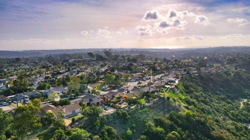 34. Residential for Sale at Wooster Oceanside, California 92056 United States
