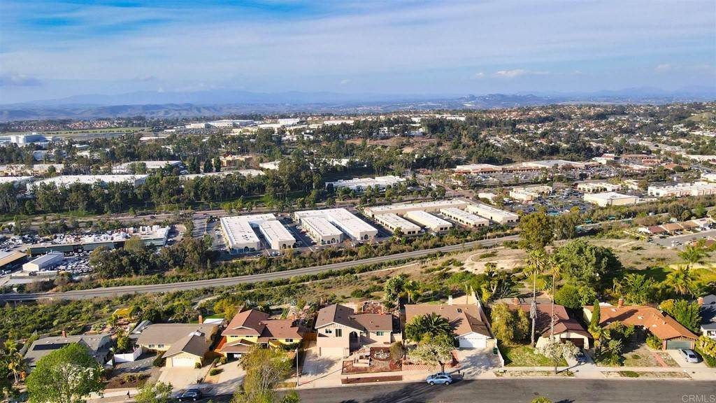 35. Residential for Sale at Wooster Oceanside, California 92056 United States