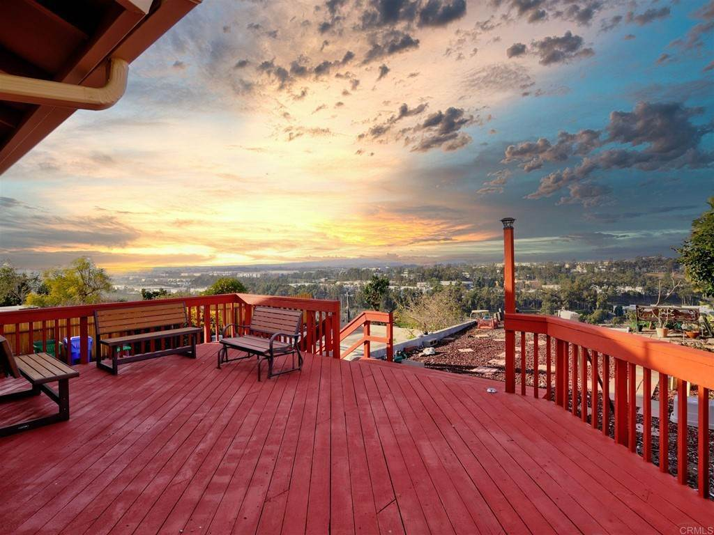 9. Residential for Sale at Wooster Oceanside, California 92056 United States