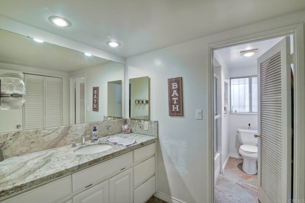 22. Residential for Sale at La Linda Drive San Marcos, California 92078 United States