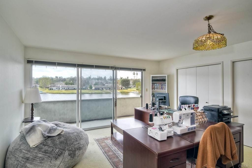 27. Residential for Sale at La Linda Drive San Marcos, California 92078 United States