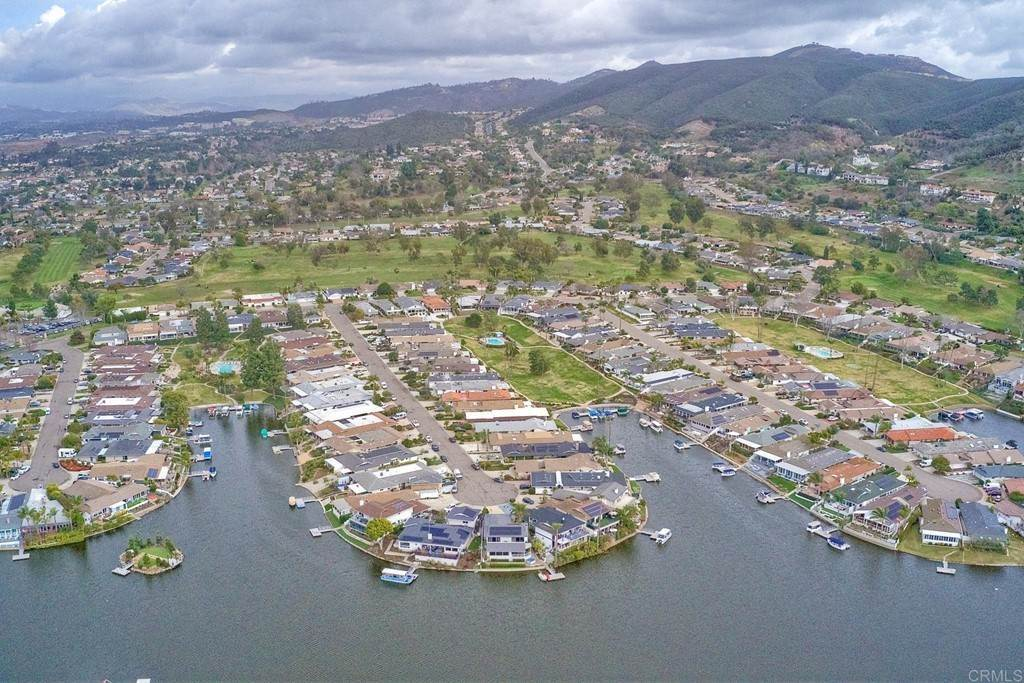 33. Residential for Sale at La Linda Drive San Marcos, California 92078 United States