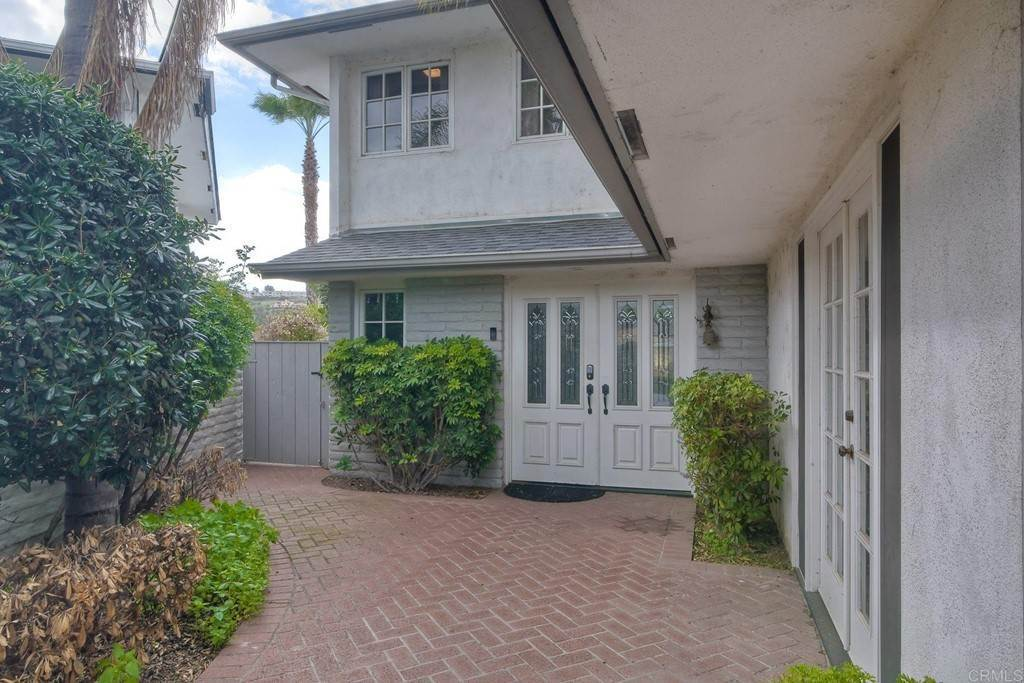 37. Residential for Sale at La Linda Drive San Marcos, California 92078 United States