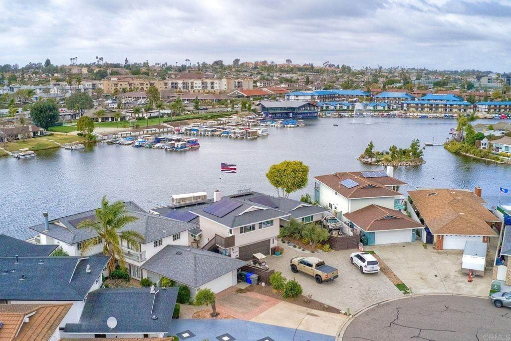 5. Residential for Sale at La Linda Drive San Marcos, California 92078 United States