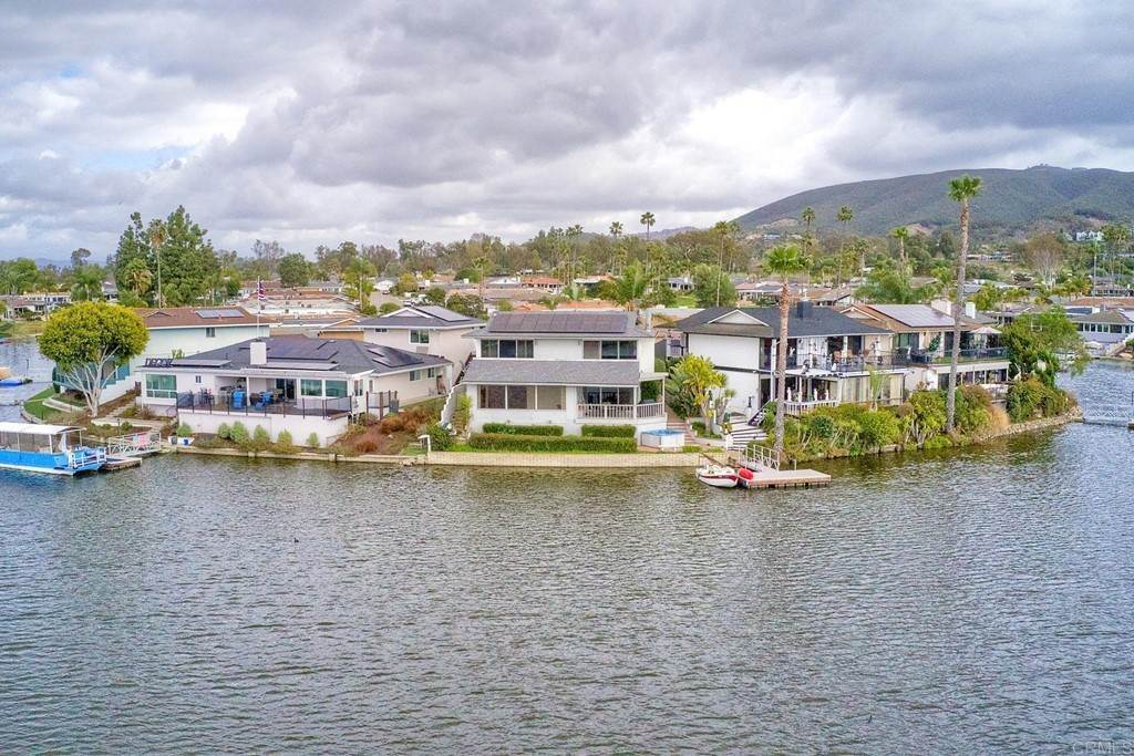 6. Residential for Sale at La Linda Drive San Marcos, California 92078 United States