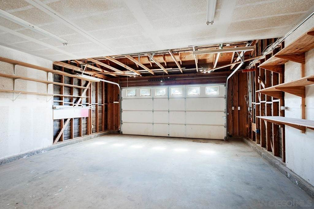 20. Residential for Sale at H Street Ramona, California 92065 United States