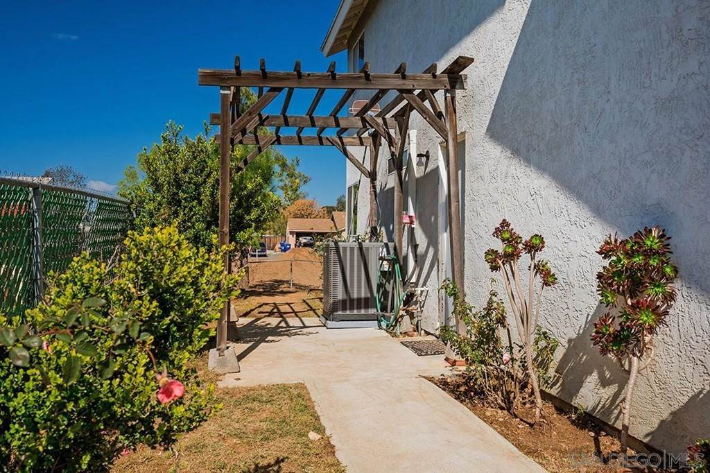 21. Residential for Sale at H Street Ramona, California 92065 United States