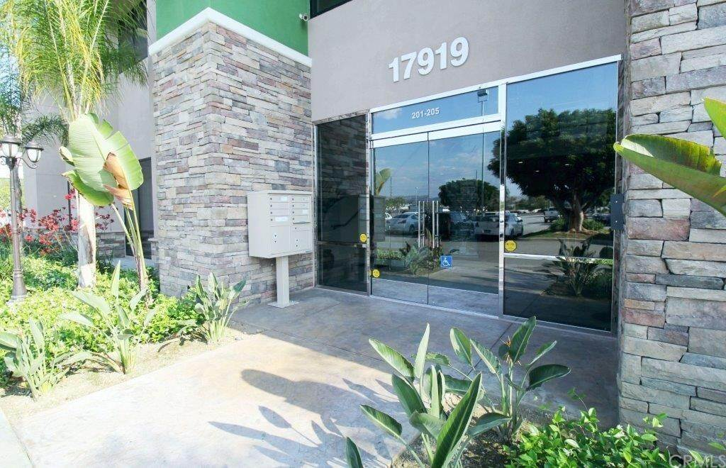 Comercial en Gale Avenue City Of Industry, California 91748 Estados Unidos