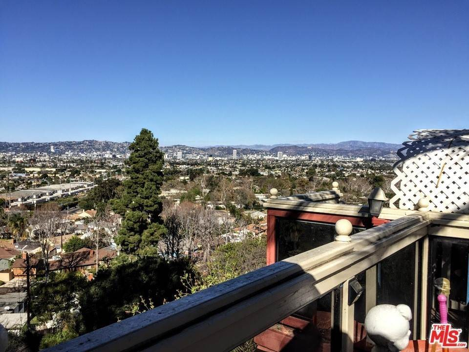2. Residential for Sale at Weatherford Drive Los Angeles, California 90008 United States