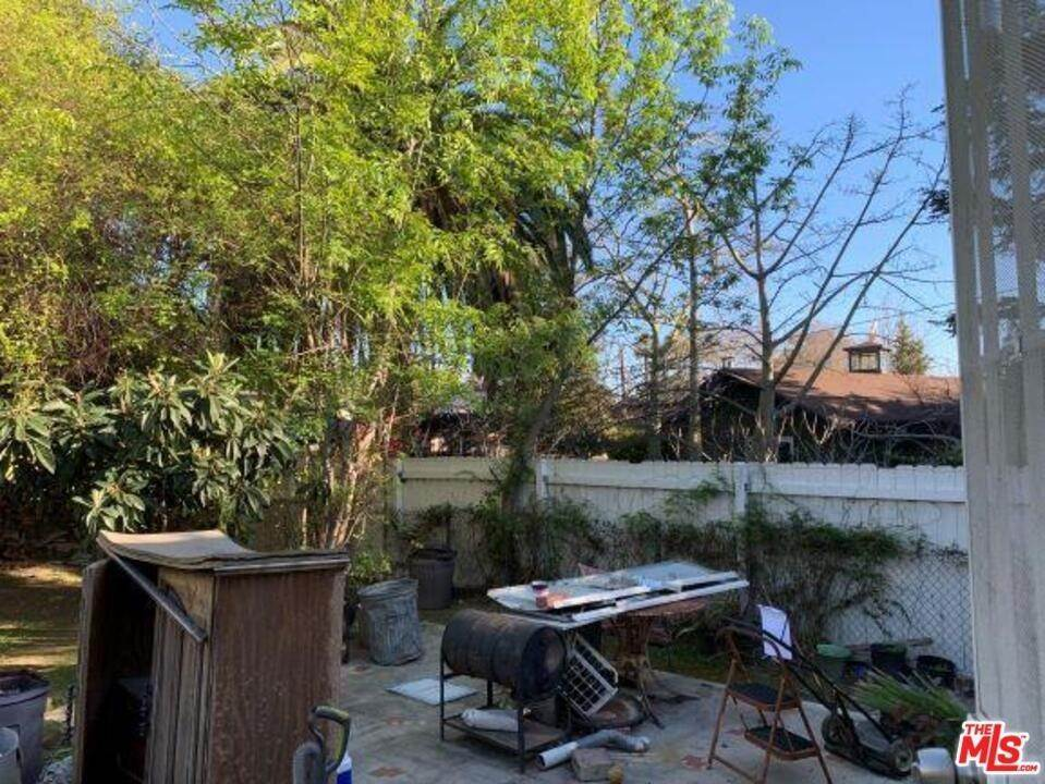 35. Residential for Sale at Lincoln Avenue Pasadena, California 91103 United States