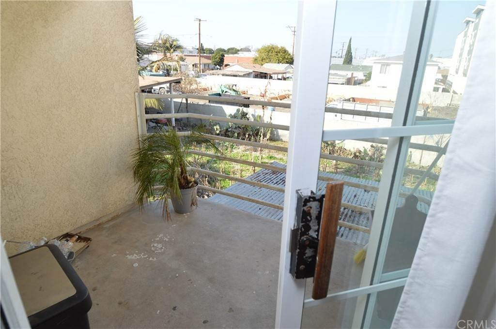 23. Residential Income for Sale at W 154th Street Lawndale, California 90260 United States