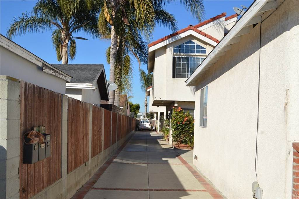 7. Residential Income for Sale at W 154th Street Lawndale, California 90260 United States