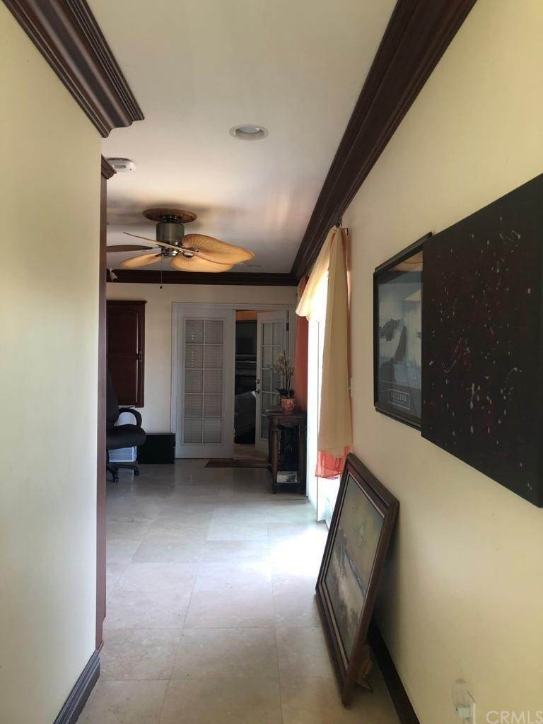 13. Residential for Sale at Cortland Avenue Paramount, California 90723 United States