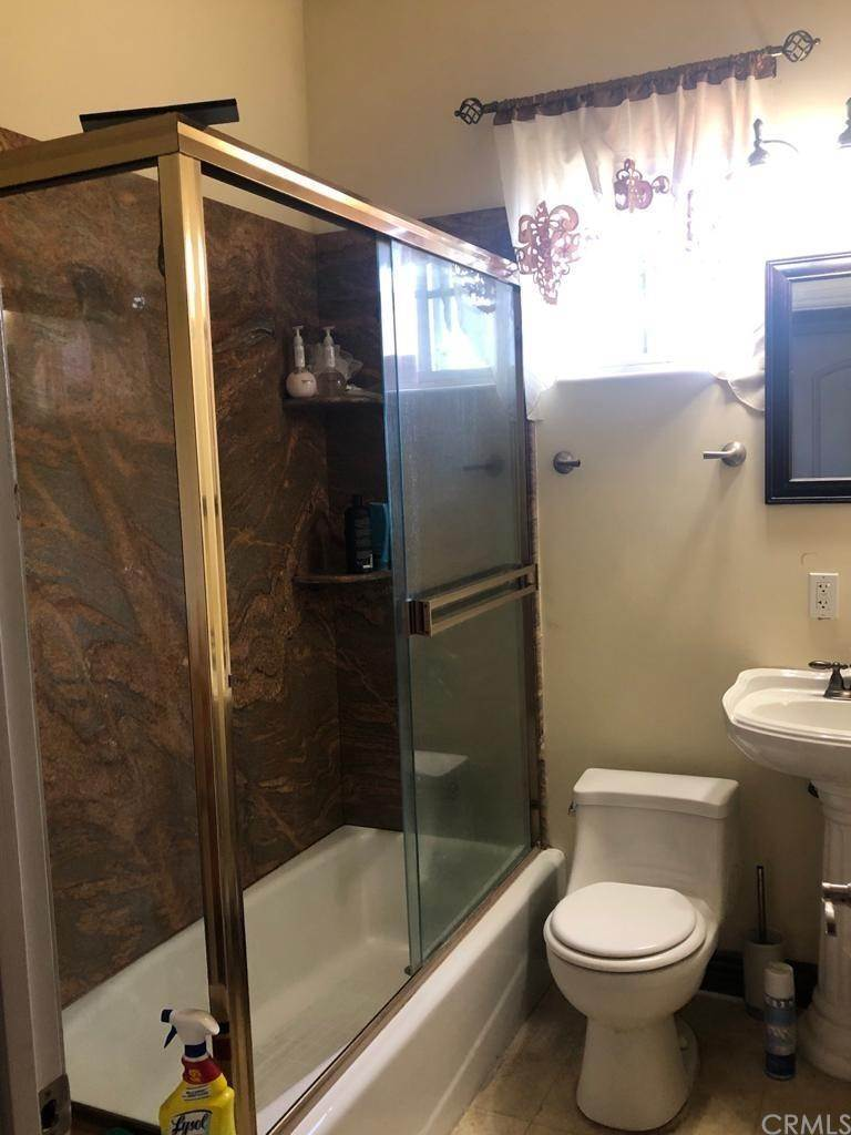 22. Residential for Sale at Cortland Avenue Paramount, California 90723 United States