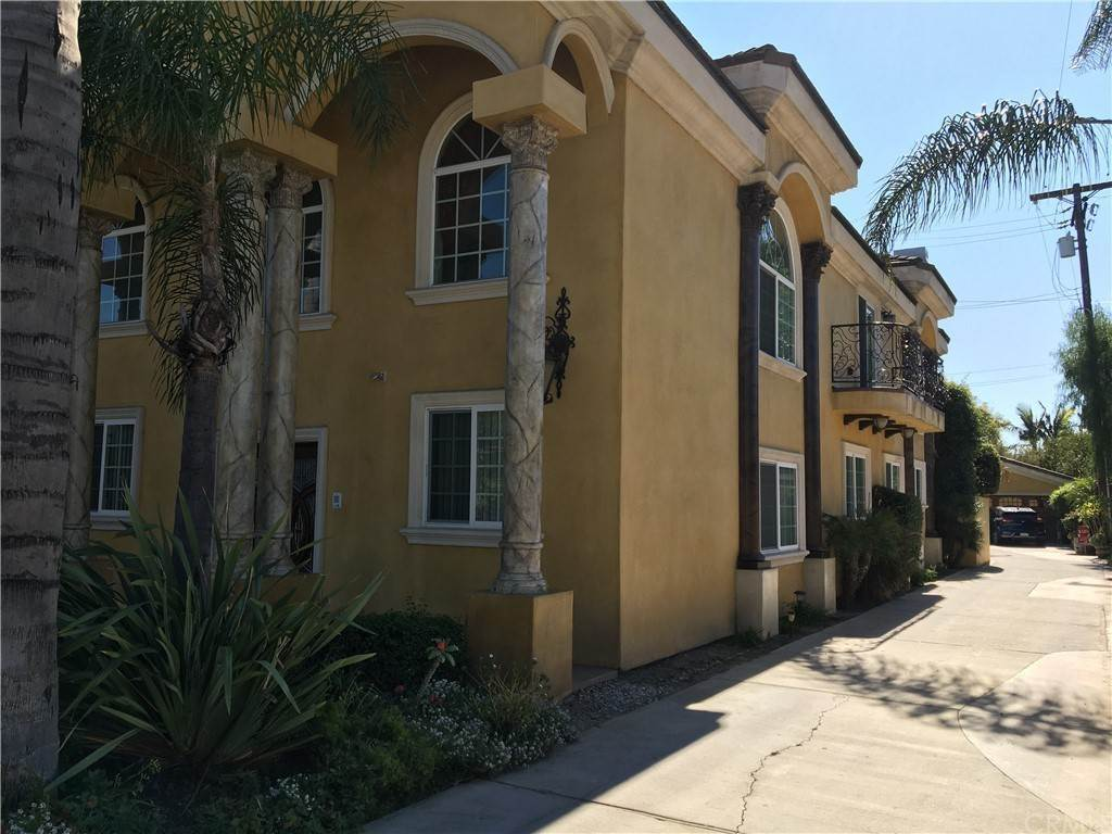 3. Residential for Sale at Cortland Avenue Paramount, California 90723 United States