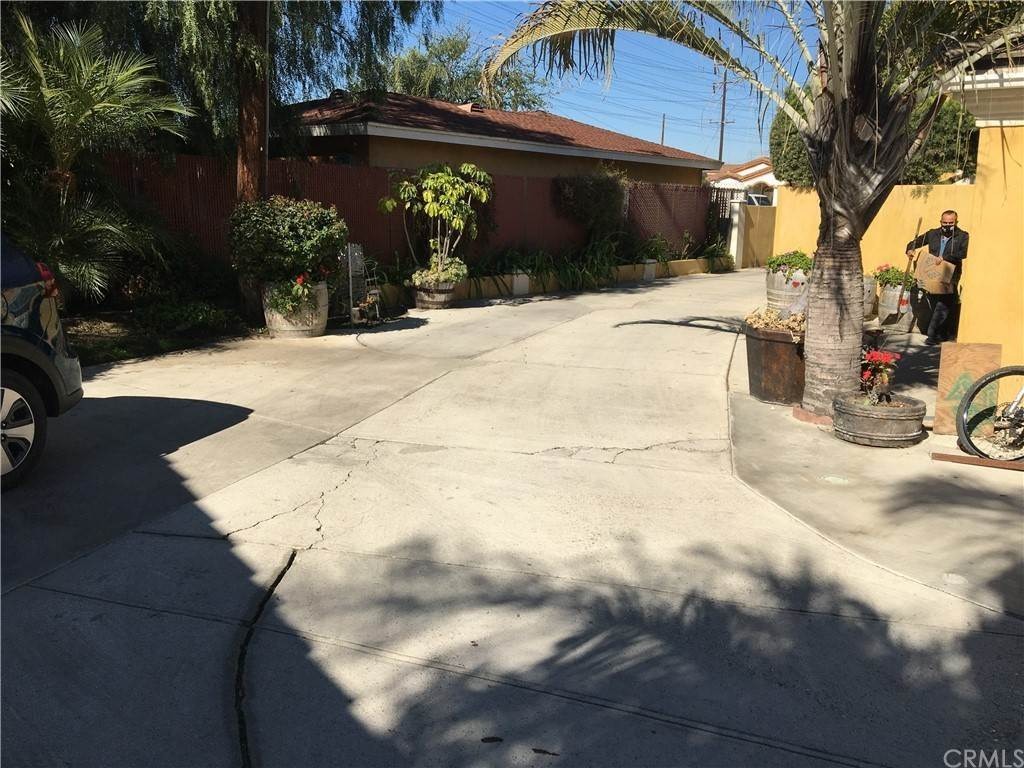 36. Residential for Sale at Cortland Avenue Paramount, California 90723 United States