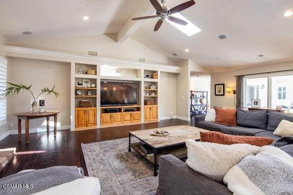 17. Residential for Sale at Camino Dos Rios Thousand Oaks, California 91360 United States