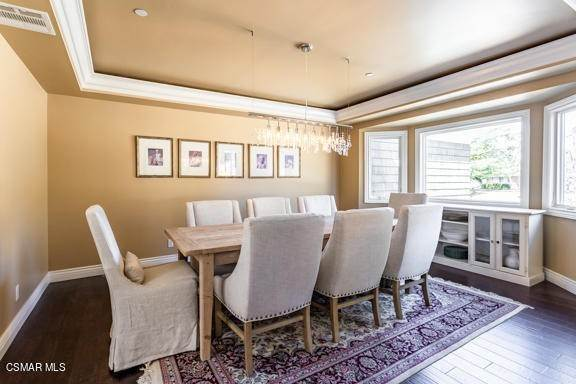 19. Residential for Sale at Camino Dos Rios Thousand Oaks, California 91360 United States