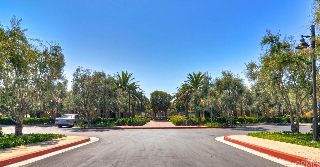 26. Residential for Sale at Cipresso Irvine, California 92618 United States