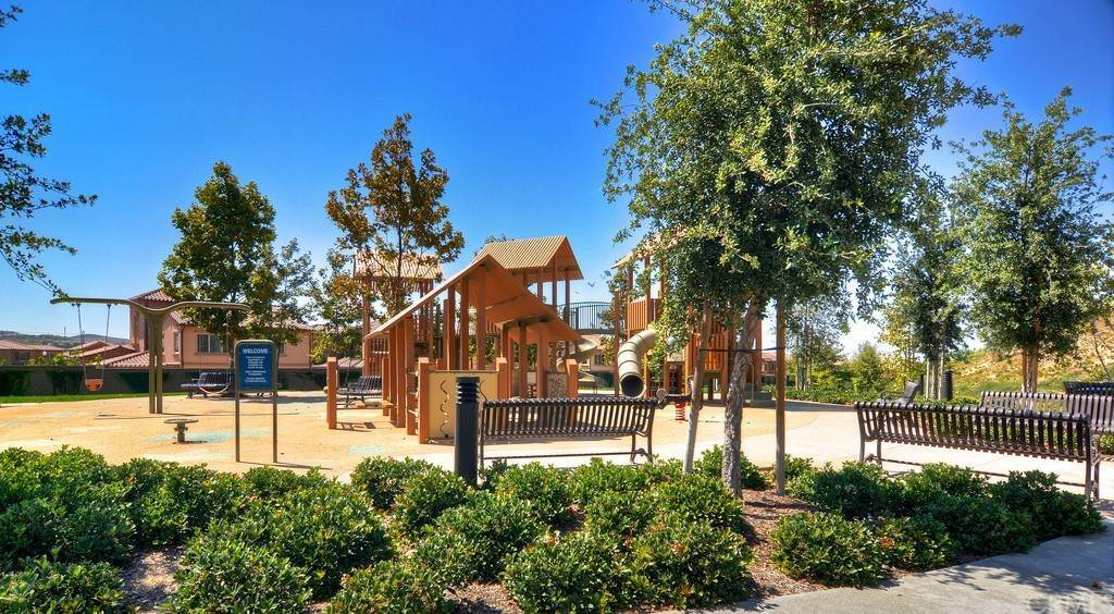 37. Residential for Sale at Cipresso Irvine, California 92618 United States
