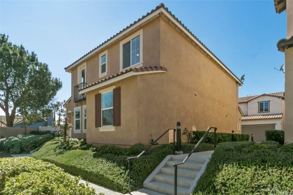 31. Residential for Sale at Ponta Way Riverside, California 92505 United States