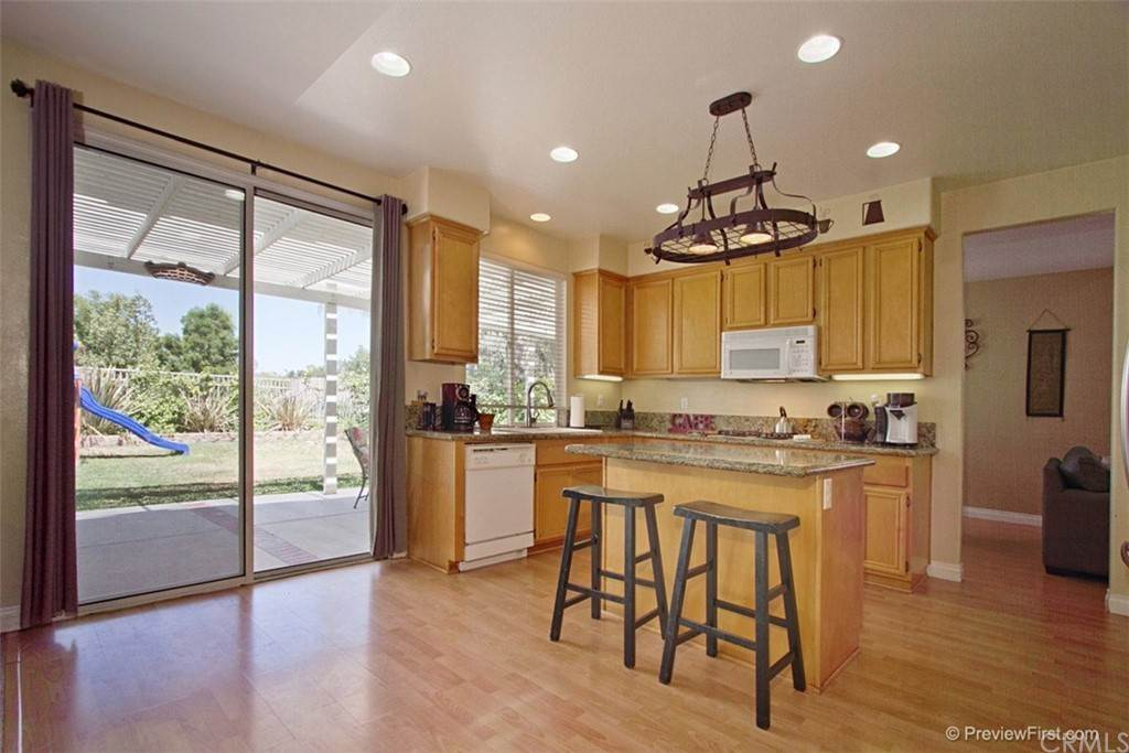 12. Residential for Sale at Corte Astorga Temecula, California 92592 United States