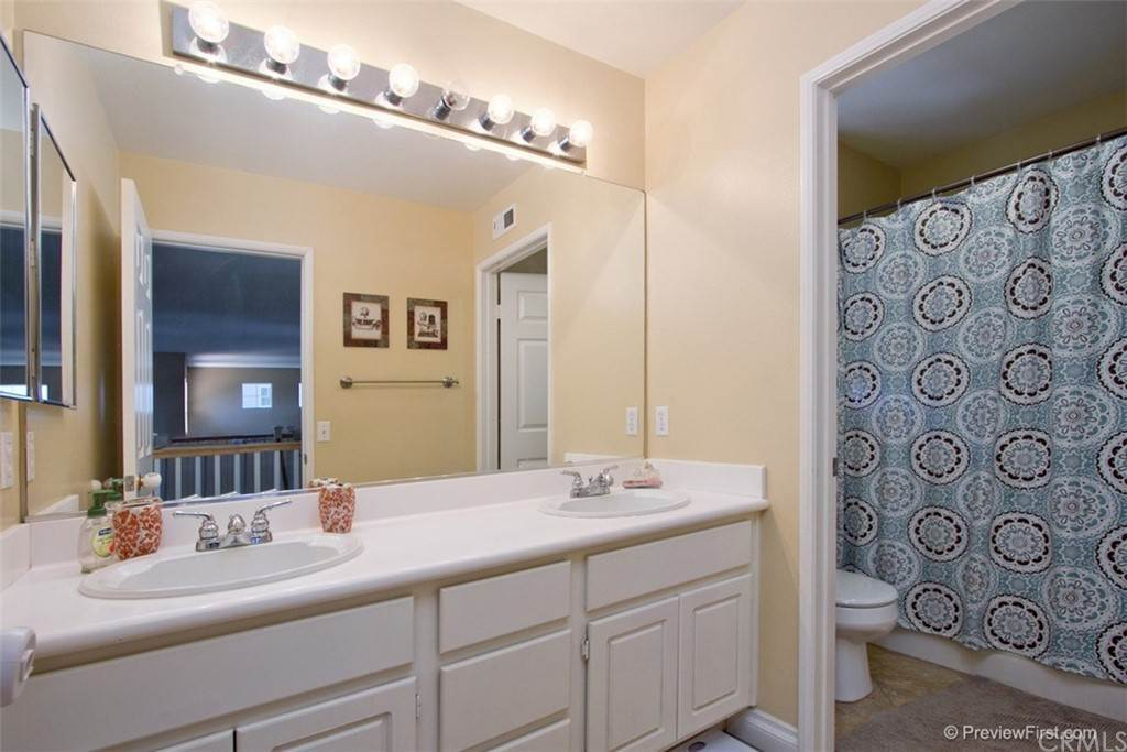 16. Residential for Sale at Corte Astorga Temecula, California 92592 United States