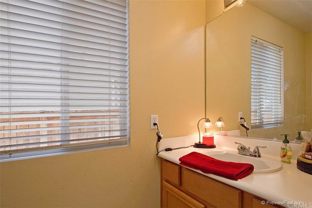17. Residential for Sale at Corte Astorga Temecula, California 92592 United States
