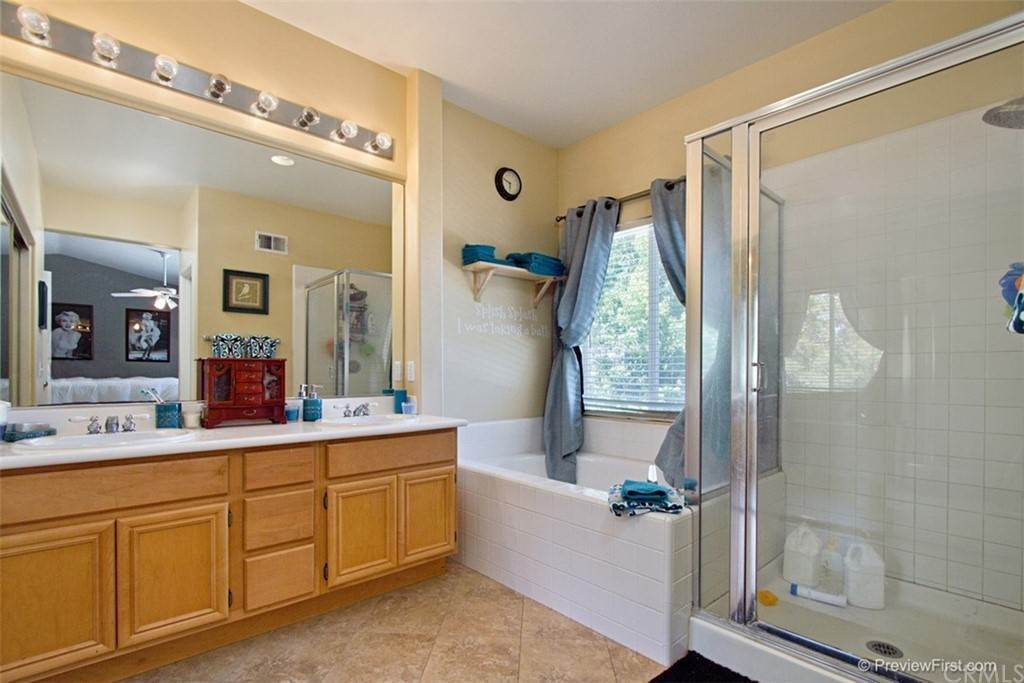 24. Residential for Sale at Corte Astorga Temecula, California 92592 United States