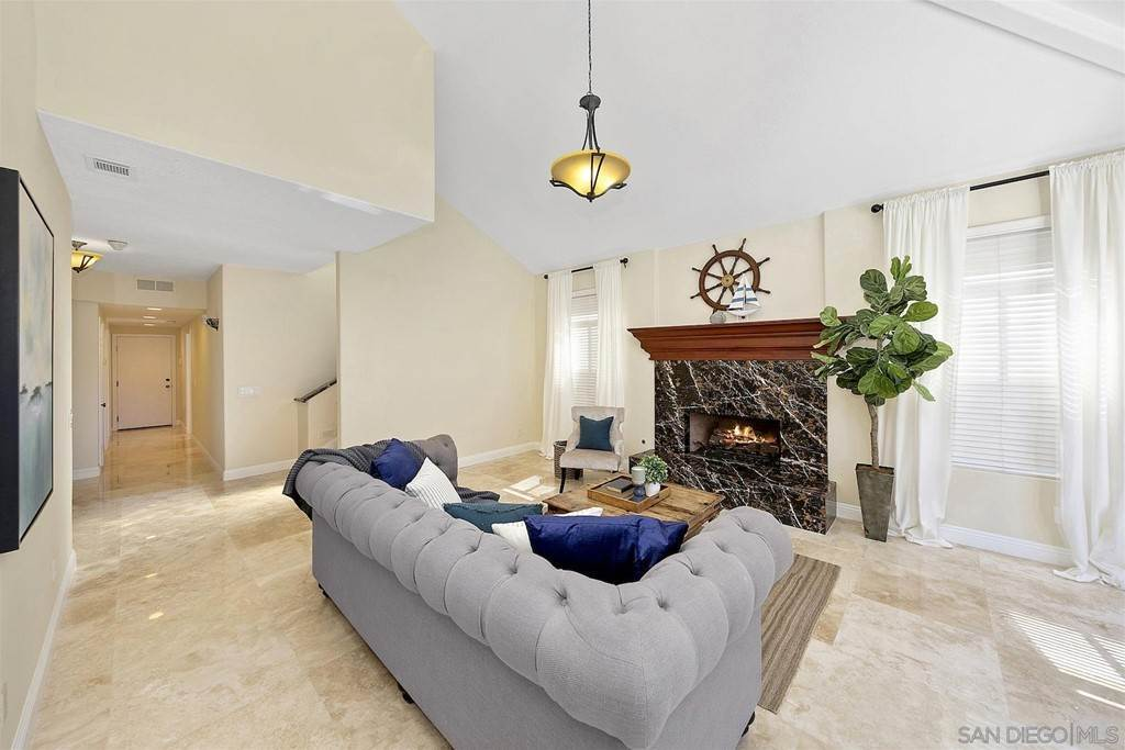 12. Residential for Sale at Spinnaker Way Coronado, California 92118 United States