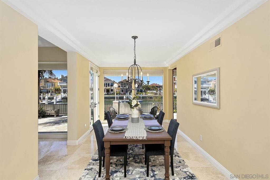 14. Residential for Sale at Spinnaker Way Coronado, California 92118 United States