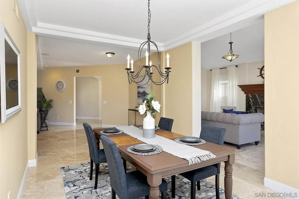 15. Residential for Sale at Spinnaker Way Coronado, California 92118 United States