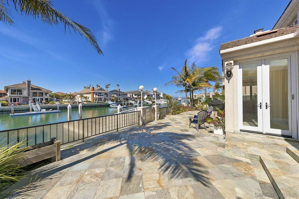21. Residential for Sale at Spinnaker Way Coronado, California 92118 United States