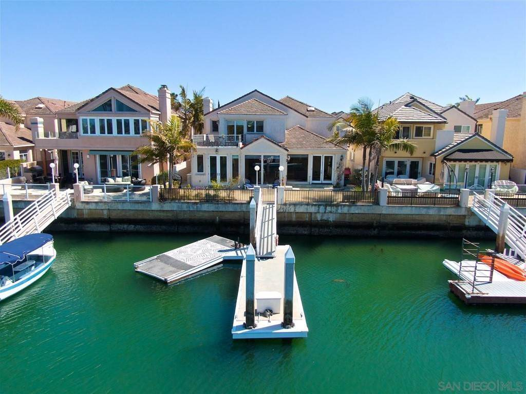 24. Residential for Sale at Spinnaker Way Coronado, California 92118 United States
