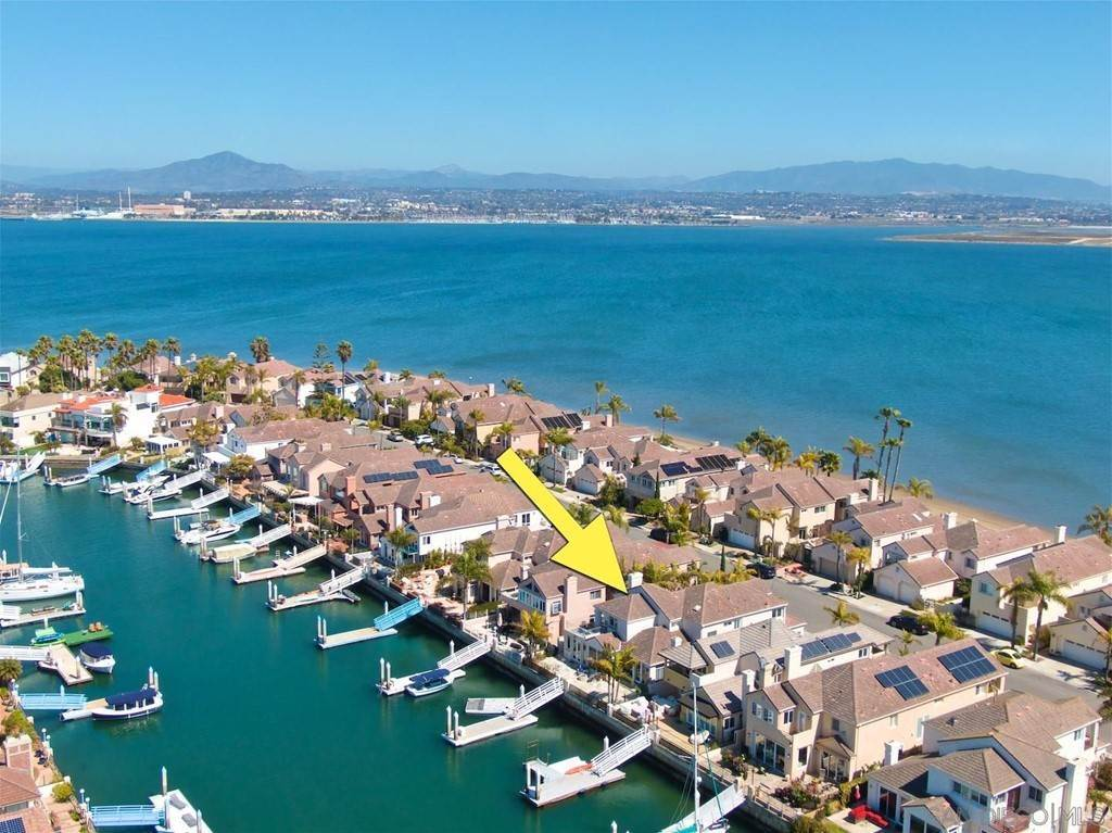 26. Residential for Sale at Spinnaker Way Coronado, California 92118 United States