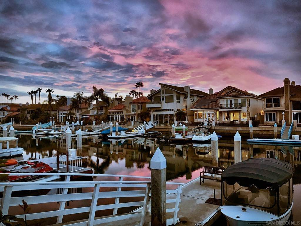 31. Residential for Sale at Spinnaker Way Coronado, California 92118 United States