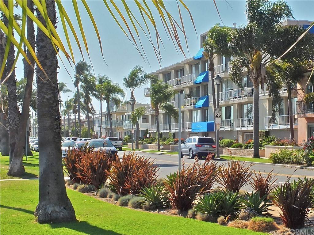 2. Residential for Sale at Bay Shore Avenue Long Beach, California 90803 United States