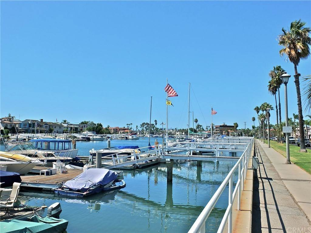 33. Residential for Sale at Bay Shore Avenue Long Beach, California 90803 United States