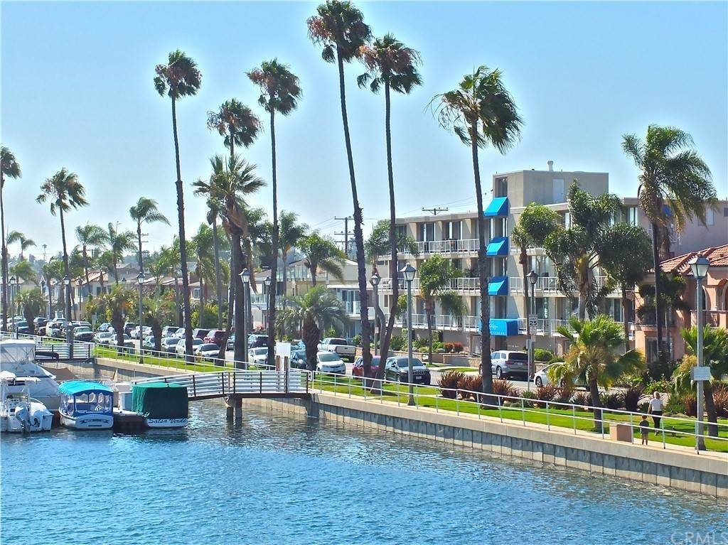 34. Residential for Sale at Bay Shore Avenue Long Beach, California 90803 United States